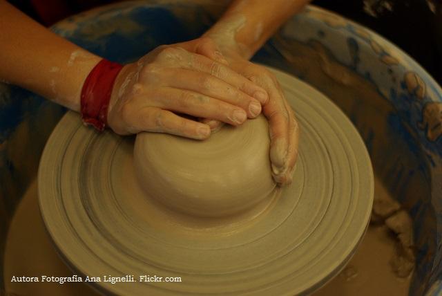 Profesi n alfarero artesanos del cristal for Tecnicas para esmaltar ceramica